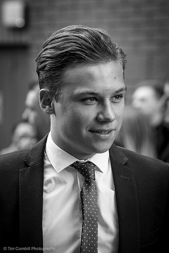 Finn Cole – Peaky Blinders Series 2 World Premiere Birmingham