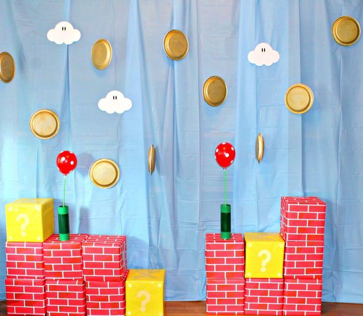 """Idées déco """"maison"""" et animations d'un anniversaire Super Mario (blog en anglais, mais les photos donnent des idées !)"""
