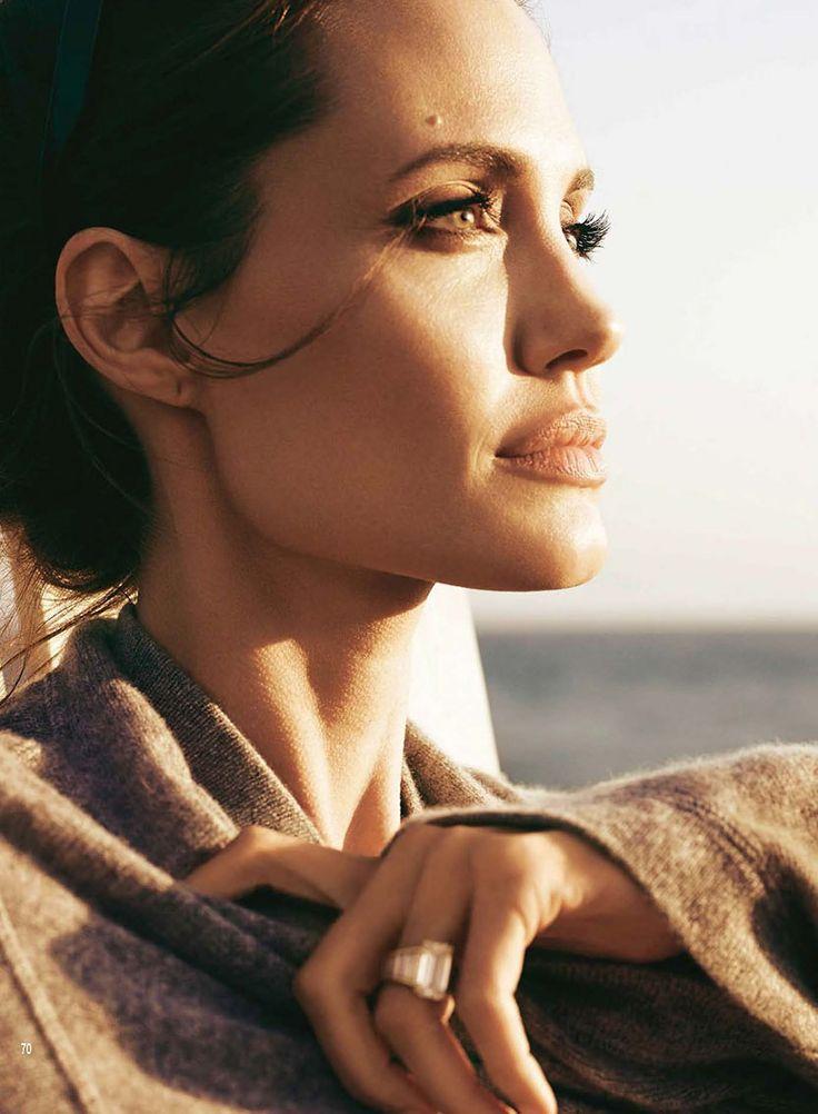 Hello - 16 de Novembro - RevistasEScans-2015-Hello-Novembro-008 - Angelina Jolie Brasil // Gallery
