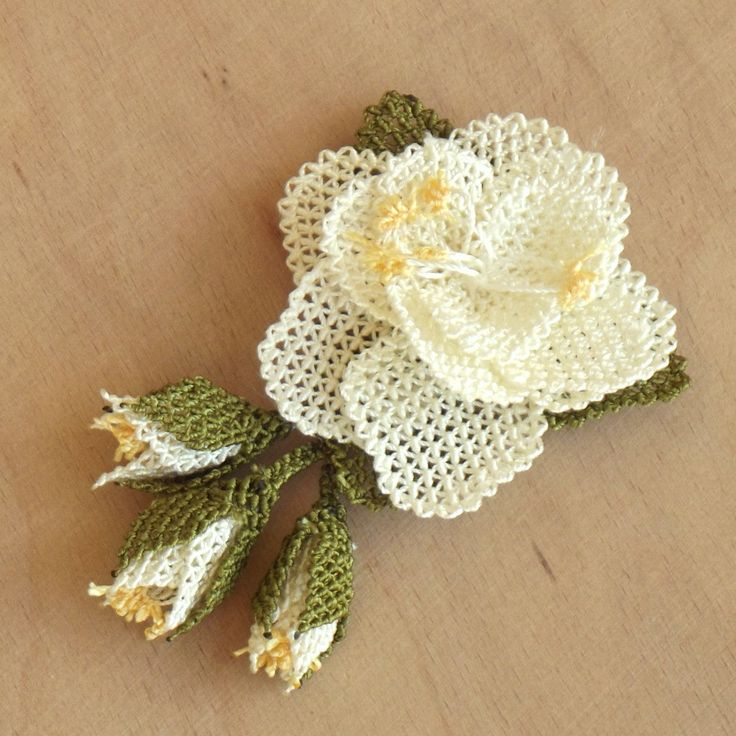 Turkish OYA Lace - Brooch - Rose - White by DaisyCappadocia on Etsy
