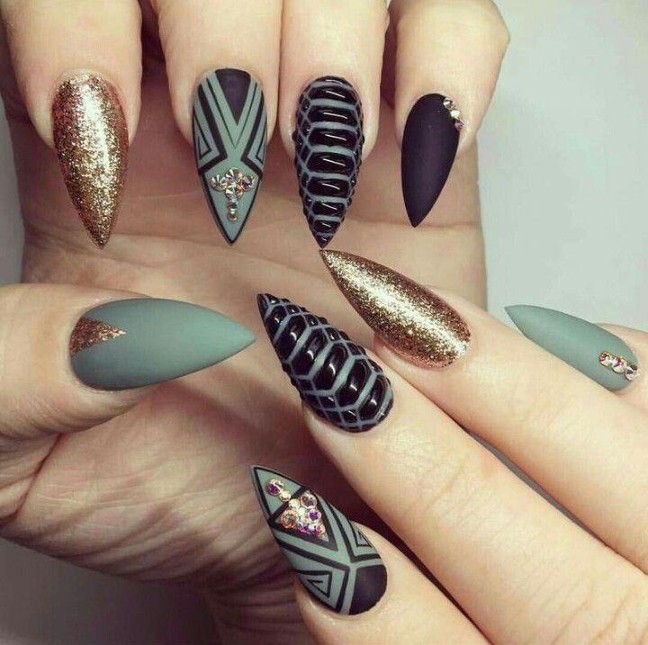 nail art kaki