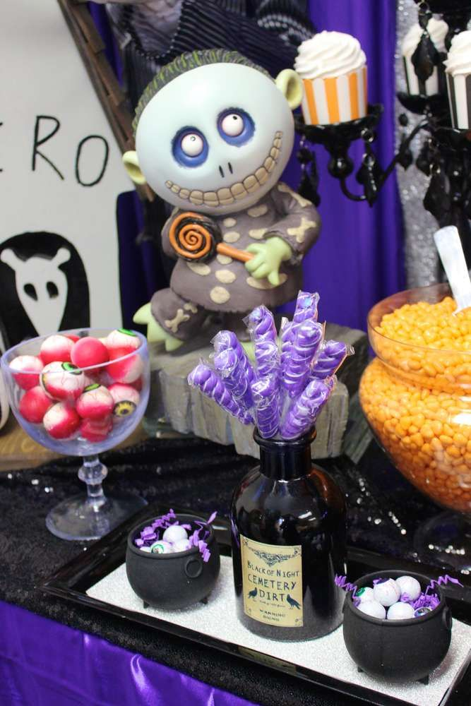 The Nightmare Before Christmas Birthday Party Ideas Photo 2 Of 12 Nightmare Before Christmas Babyshower Nightmare Before Christmas Games Christmas Birthday Party