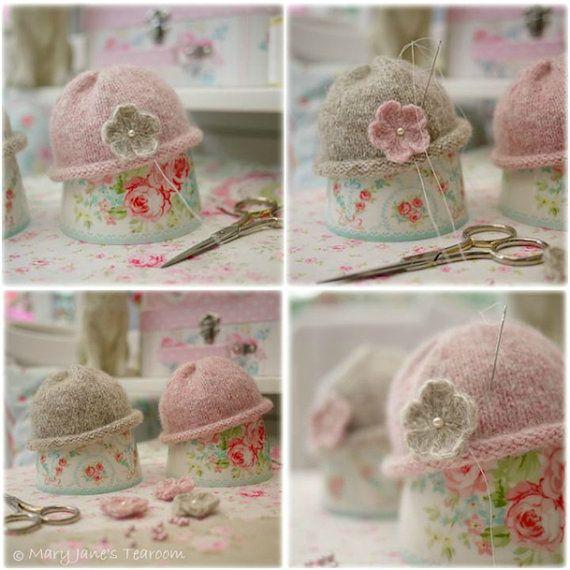 2 Knitting Pattern Deal/ 4 TEAROOM Dolls / por maryjanestearoom