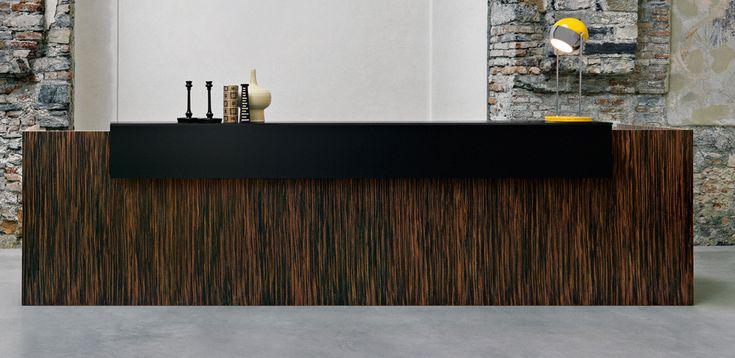 Balcão de Recepção Factory por Sinetica, design Baldanzi & Novelli
