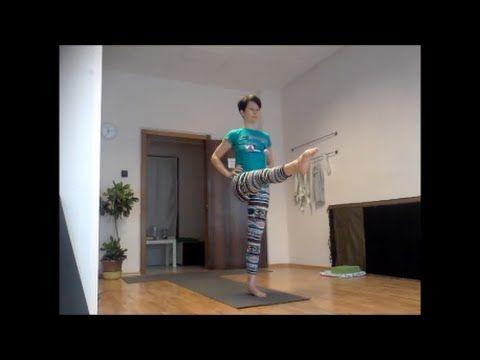 40 perces dinamikus, intenzív erősítő jóga