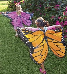 The easiest wings ever to put on and spend hours of playing with!  I wish I had these when I was a kid!