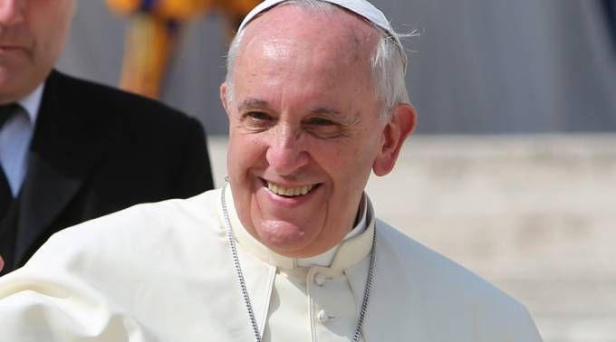 Iglesia en Argentina agradece al Papa Francisco su fidelidad en 25 años como obispo 27/06/2017 - 11:06 am .- La Conferencia Episcopal Argentina (CEA) envió una carta al Papa Francisco con motivo de sus 25 años de ordenación episcopal que se celebran este 27 de junio.