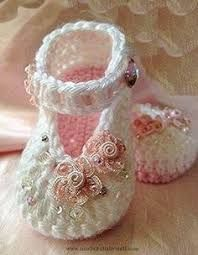 Resultado de imagem para bebe shoes 1 de crochet