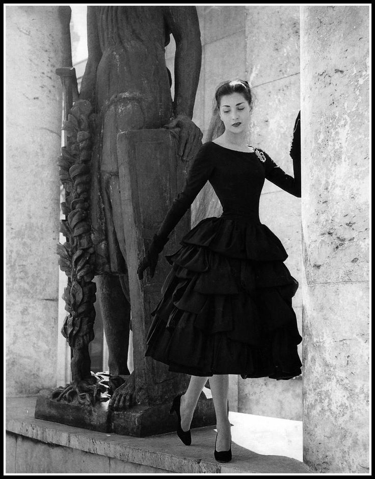 Renée Breton in Christian Dior, 1955  (The year I was born.  That makes this a #vintage  photograph.)