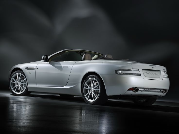 2048x1536 Wallpaper Aston Martin, Db9, 2010, White, Side View, Style,