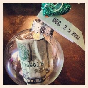 creative ways to give money at Christmas