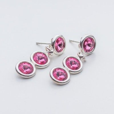 Swarovski Rivoli Earrings 6/6/6mm Rose  Dimensions: length: 3,2cm stone size: 6mm Weight ( silver) ~ 3,30g ( 1 pair ) Weight ( silver + stones) ~ 3,95g Metal : sterling silver ( AG-925) Stones: Swarovski Elements 1122 SS29 ( 6mm ) Colour: Rose 1 package = 1 pair  Price 9 EUR
