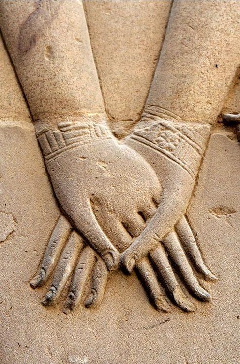 Hathor Holding Nefertari's Hand. Symbolizes the union of the upper ...