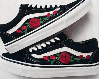 77e938cf8dc4 LOW TOP Unisex Custom Rose Floral Embroidered Patch Vans Old-Skool ...