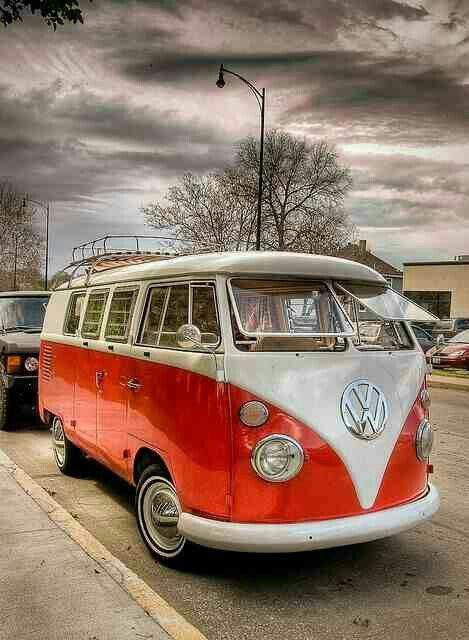 Beautiful VW split window bus
