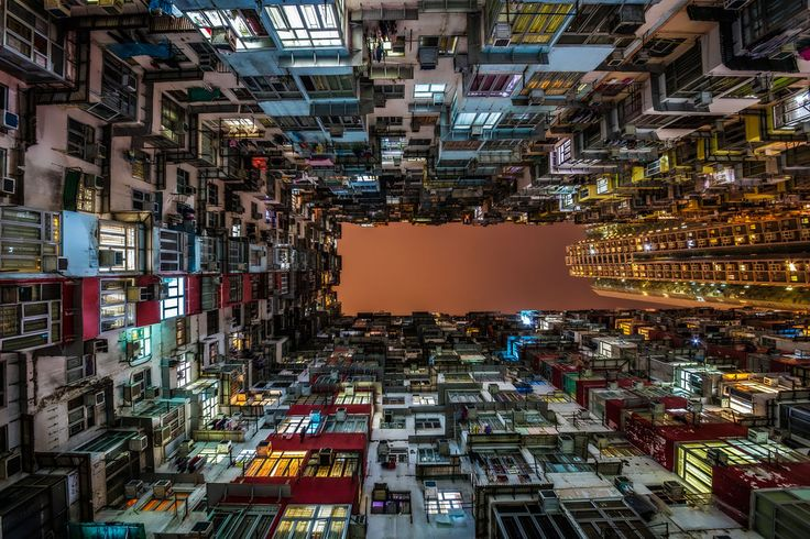 Photographie: HIGH DENSITY, Laurent Dequick - YELLOWKORNER