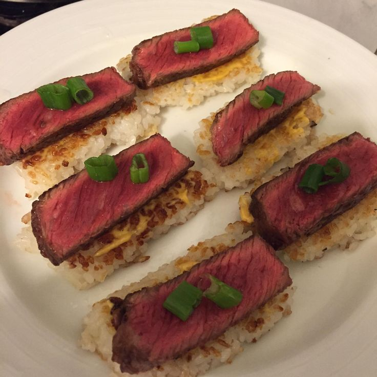 [homemade] steak tataki on crispy rice