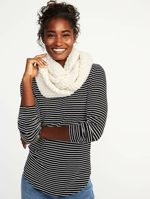 Chunky knit scarf  Oldnavy  $4.99 Perfect for those cold winter nights