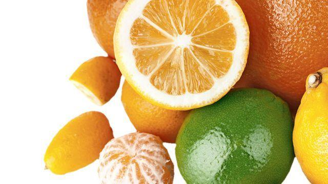Vyhadzujete kôru z citrusov? Už to nerobte! Ani sa vám nesnívalo, na čo všetko ju môžete využiť | Casprezeny.sk