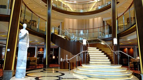 Celebrity Cruise; Celebrity Silhouette -atrium-