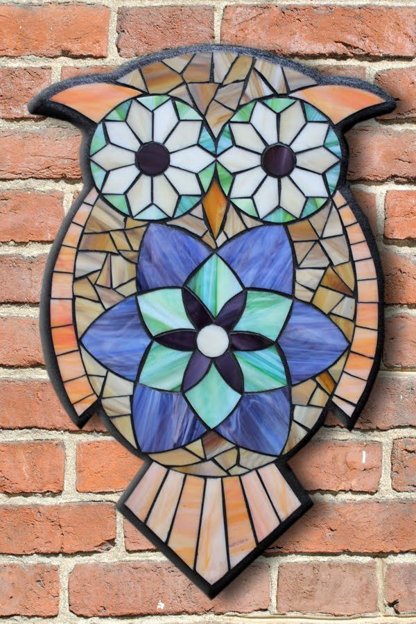 Student Work from a Kasia Mosaics Stained Glass Mosaic Owl Workshop - Owl Mosaic by Maria. Sign up for an All Level Class via www.kasiamosaics.com