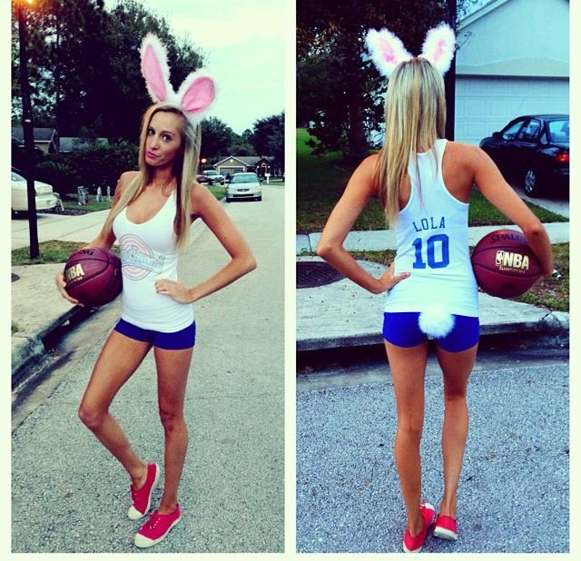 Check out my blog to create the perfect throwback Halloween costume. #Halloween #costume #ideas #spacejam