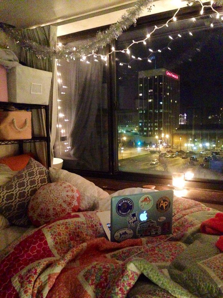 17 Best ideas about Cozy Dorm Room on Pinterest   Dorms ...