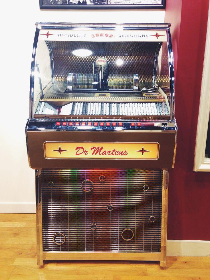 Dr Martens jukebox, Bristol