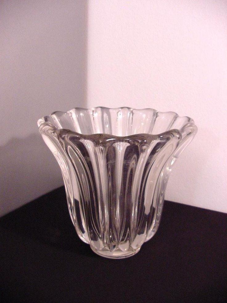 vintage heavy crystal glass vase, ribbed, signed at the bottom P. D'Avesn