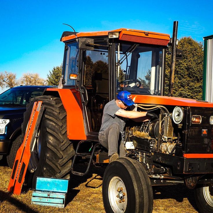 The start to a successful farming season starts with Spring maintenance.  And if any ladies ask why yes its a Lamborghini... Tractor made in Italy  . . . . #farm18 #farmlife #farmersmarket #tractor #coloradofarming #organic #wrenching #picoftheday #photooftheday #workoutside #mechanic #plant18 #prep #readysetgo