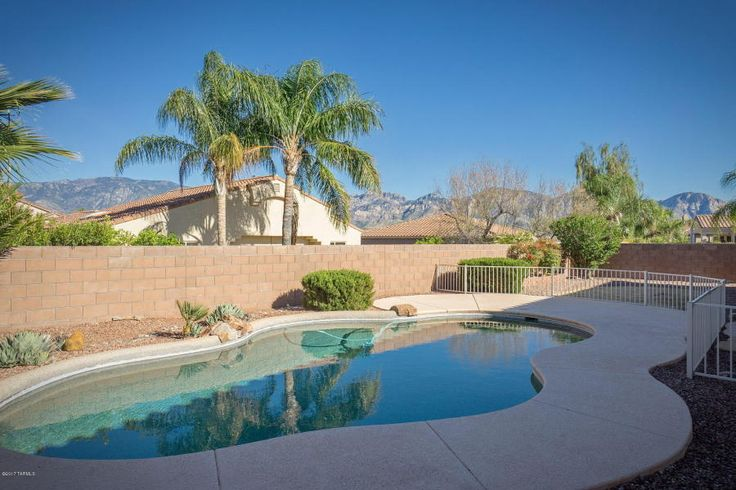 Oro Valley 1 Story Pool up to $500k Going Fast Ian Taylor Long Realty http://www.orovalleyrealestate.com/oro-valley-real-estate-oro-valley-homes-one-story-pool--to-2.asp