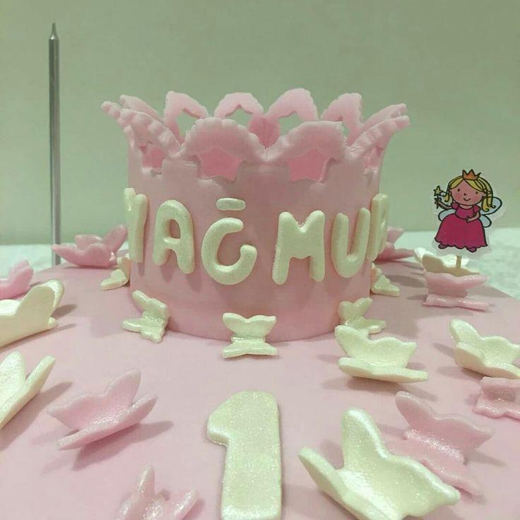 1 yaş pastası... One years cake....