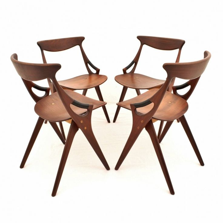 set of 4 dinner chairs from the fifties by arne hovmand olsen for mogens kold