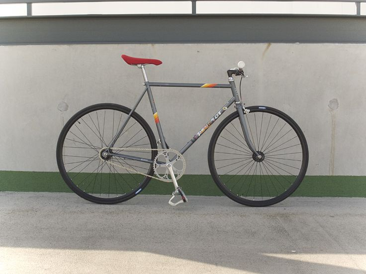 pages about fixed gear bicycles