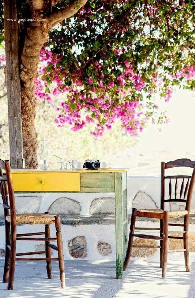 Coffee break....Ellada, Greece