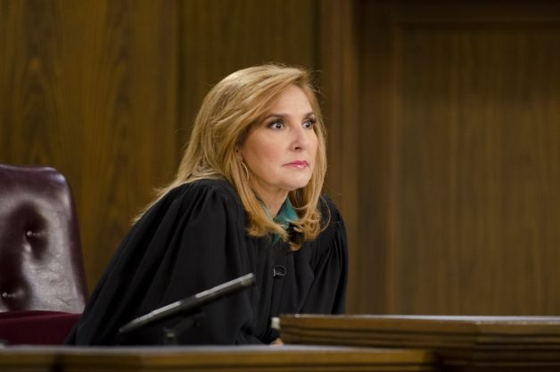 judge milian | Peoples Court Judge Marilyn Milian listens to evidence during a ...