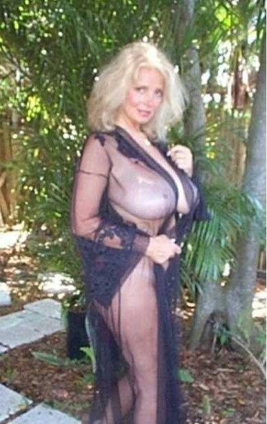 Nice blonde big natural tits anal dildo 9