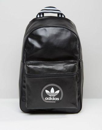 レア/限定【AdidasOriginals】レザー調ブラック BackPack AY7744