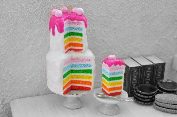Torta Arcobaleno glassa fuchsia macaron - Cibo in Miniatura - Casa delle bambole scala 1:12 - Torta Arcobaleno 13 Piani
