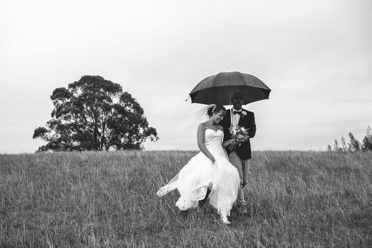 Wet weather wedding photos. Hunter Valley wedding. Image: Cavanagh Photography http://cavanaghphotography.com.au