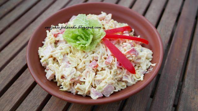 Swojskie jedzonko: Sałatka z zupek chińskich