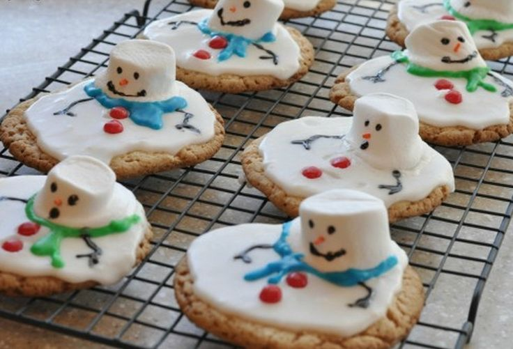 These Melted Snowman Cookies are so easy to make. They will be a welcome sight on your Holiday table and everyone will love them. Be sure to watch the video tutorial and check out the other ideas while you're here.