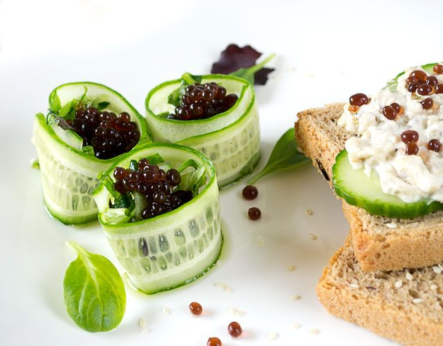 How to: Cute Balsamic Vinegar Pearls with Easy Salad & Sandwich