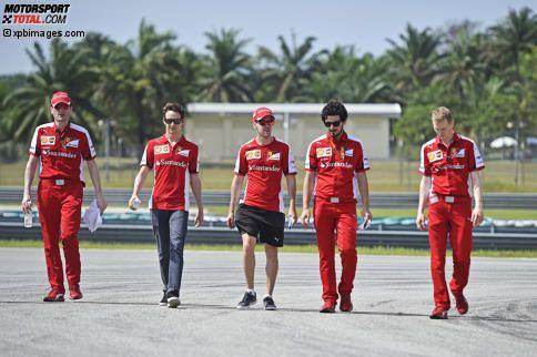 Sebastian Vettel (Ferrari) und Esteban Gutierrez