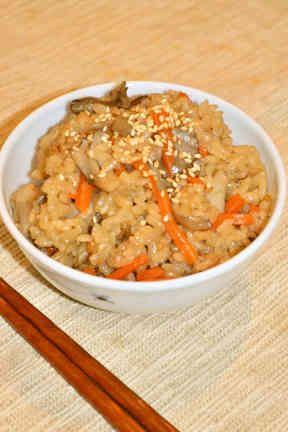豚の角煮♡リメイク♡舞茸の炊き込みご飯の画像