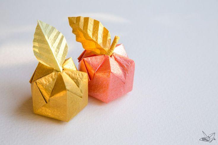 3D Origami Apple