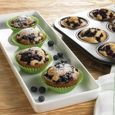 Beliebte Muffins mit Blaubeeren zum Brunch