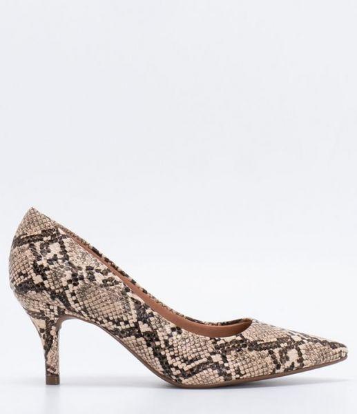c14f6487ee Sapato Scarpin Feminino Animal Print Vizzano - Lojas Renner - Sapato  feminino Modelo scarpin Bico fino