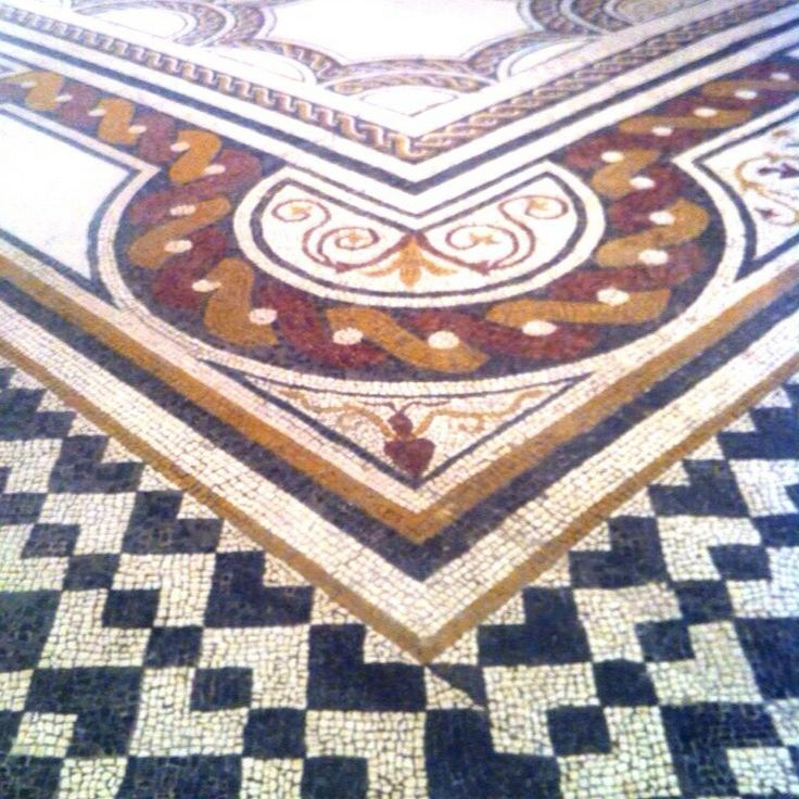 17 best images about mosaicos romanos on pinterest for Mosaico romano