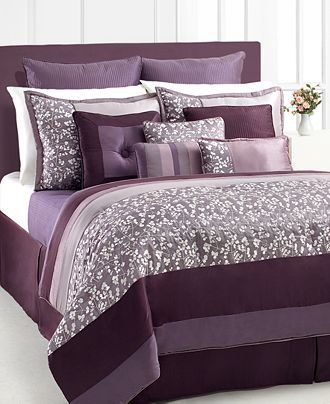 So many purple and grey bed sets!